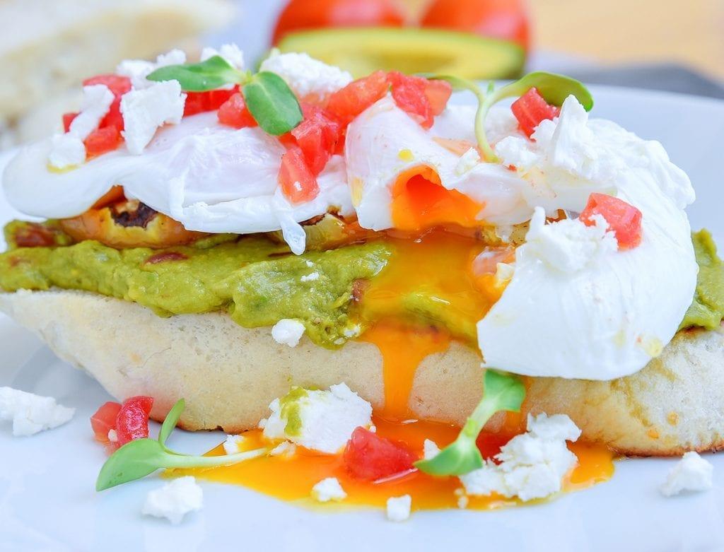 breezekohtao.com avocado breakfast koh tao